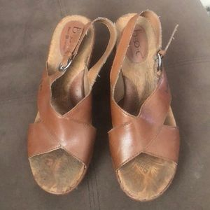 Boc wedges size 8.